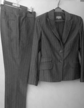 Трикотажное платье в пол с разрезом, костюм (брюки, пиджак), Эртиль, цена: 550р.