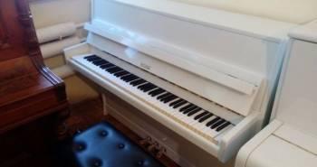 Пианино Petrof белое