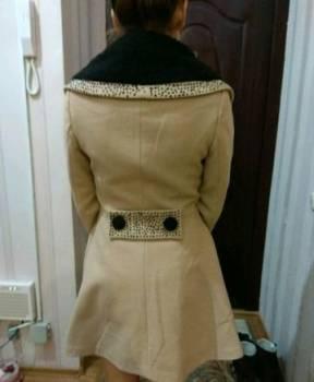 Новое пальто, пуховики женские с мехом, Ханты-Мансийск, цена: 1 500р.