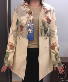 Женское пальто, платья в пол с открытым декольте
