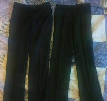 Мужская спортивная одежда в зал, 2 пары классических брюк на рост 170 см, Чехов, цена: 1 500р.