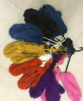 Варежки из вязаной норки яркие