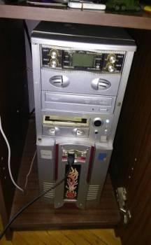 Настольный компьютер для ретро игр 2004 год