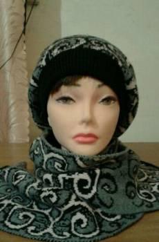 Коричневое платье с черным пиджаком, бирет и шарф (шерсть), Юргамыш, цена: 1 000р.