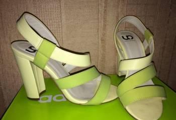 Купить оригинальные кроссовки адидас недорого, босоножки, Йошкар-Ола, цена: 600р.