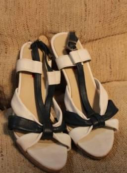 Фирменные босоножки evita, купить обувь из питона, Курган, цена: 149р.