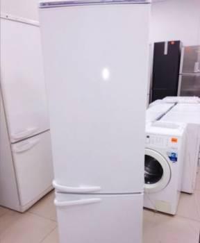 Холодильник б/у Атлант с гарантией. есть доставка