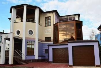 Дом 680 м² на участке 7 сот