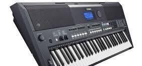 Синтезатор Yamaha PSR-E433, Саратов, цена: 19 500р.