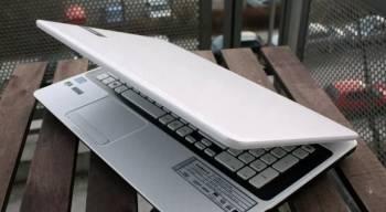 Packard Bell Ноутбук В Идеальном Состоянии Белый