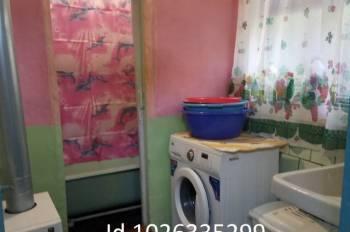 Комната 10 м² в 4-к, 2/2 эт, Ялта, цена: 500р.