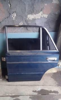 Дверь ваз 2106, стойки для форд фокус 3 цена, Владимир, цена: 1 000р.