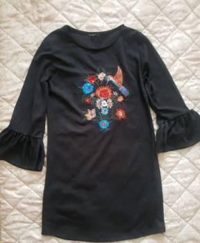 Платье хаки приталенное классное спортивное, черное короткое платье с вышивкой, Александрийская, цена: 650р.