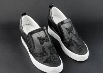 Беговые кроссовки adidas цена, кроссовки