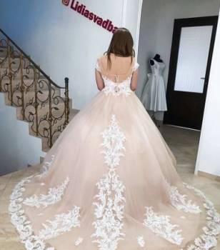 1dd4e8946e3 Платья пышные платья