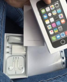 Продаю iPhone 5s Space Grey, Мегион, цена: 8 500р.