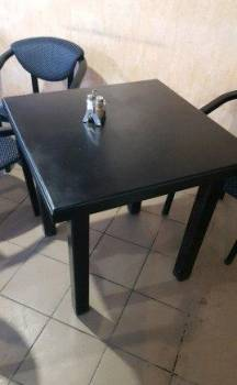 Деревянный стол для ресторана