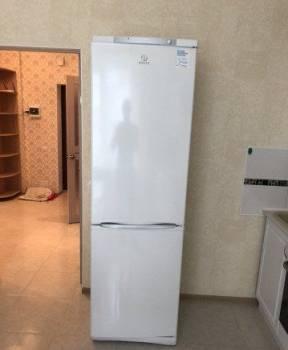 Холодильник indesit, Калининград, цена: 20 000р.