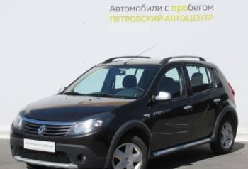 Ford focus st битый, renault Sandero, 2012, Виллози, цена: 364 750р.