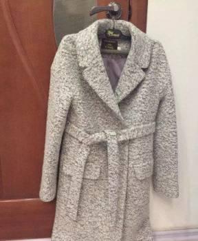 Купить нижнее белье анна, пальто, Нефтеюганск, цена: 1 500р.