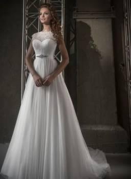 Платья из шифона для женщин 40 лет, продам эксклюзивное свадебное платье Love Bridal, Пенза, цена: 10 500р.