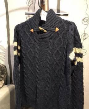 Футболки the prodigy, свитер с воротом на деревянной пуговице. Новый, Мончегорск, цена: 790р.