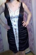 Платье 42-44р, куртки с воротником из меха, Уральский