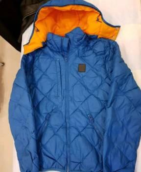 Футболка с надписью шишки, абсолютно новая куртка Reebok, Раевская, цена: 5 000р.