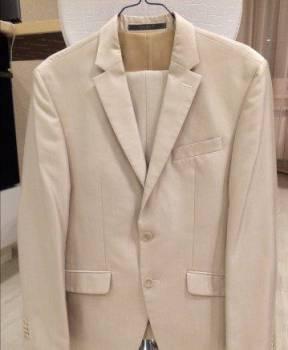 Продам костюм. В подарок рубашка к комтюиу, футболка филипп плейн оригинал с черепом в шапке, Колывань, цена: 2 700р.