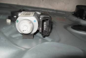 Стеклоподъемник электрический передний левый Киа С, аккумулятор лада калина 2011, Рыбная Слобода, цена: 4 000р.