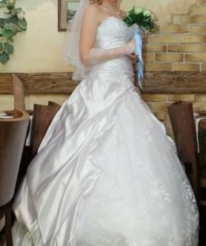 Вязаные платья на заказ, свадебное платье с кринолином и болеро, Петрозаводск, цена: 4 500р.