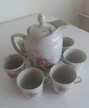 Сервизы чайные и салатницы, Нефтекумск, цена: 1 000р.