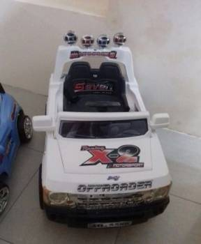 Электромобиль детский, Избербаш, цена: 10 000р.