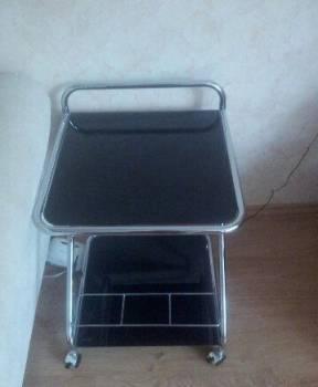Столик без царапин и сколов, Кириллов, цена: 500р.
