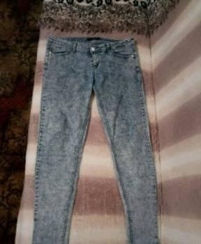 Бирюзовое кружевное платье в пол, джинсы, джегинсы, Болхов, цена: 400р.