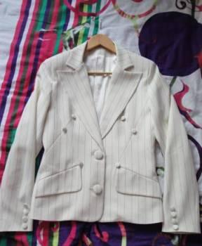 Костюм новый, красивые белые платья на новый год, Орел, цена: 1 450р.