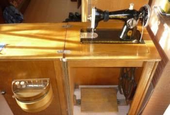 Швейная машинка, Великие Луки, цена: 2 500р.
