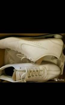 Новые, кожаные кроссовки Nike, купить мужские босоножки кожаные
