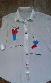 Верхняя зимняя одежда в 45 лет, блузка с атласной отделкой, р-р 46-48, Дивногорск, цена: 220р.