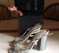 Замшевые кроссовки кремового цвета new balance 420, продаю босоножки, Переславль-Залесский