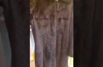 Норковая шуба, короткие платья с пышной юбкой и кружевом, Иркутск, цена: 15 000р.
