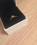 Золотое кольцо с бриллиантом 18, 5 р-р, Кошки