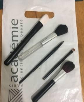 Кисти для макияжа, Черноморское, цена: не указана