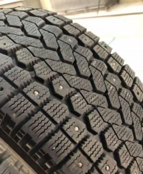 Грязевая резина на ниву шевроле 15 радиус, 205 55 16 Yokohama комплект зимних шин