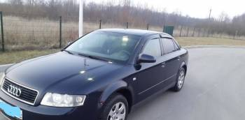 Audi A4, 2002, новая шкода рапид универсал