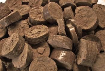 Перегной и навоз, торф и чернозем, плодородный грунт
