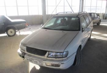 Volkswagen Passat, 1994, цены на автомобили рендж ровер, Ухта, цена: 100 000р.