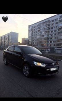 Volkswagen Polo, 2014, bmw 1-series 2011 год