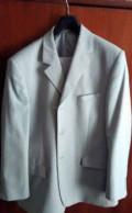Светло-серый костюм, рубашка в мелкую клеточку цветная, Кудымкар