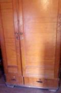 Деревянный старинный шкаф, Невинномысск